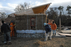 Load Bearing Straw Bale Walls in Tochigi Prefecture, Japan